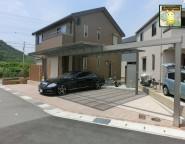 Vol.9 角地変形地の新築外構!敷地に合わせたカーポート施工と外構で施工する玄関ポーチ