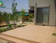 Vol.10 広い家庭菜園とタイルテラスのあるお家