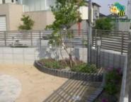 ソリッドストーン+プリレオフェンス~シンプルモダン・・・ソリッドストーン&塗り壁の門柱~