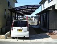 Vol.24 樹脂舗装と奥行き延長タイプのカーポートのガレージ