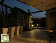 手つかずの中庭に白いタイルテラスとプラスGを使ったオリジナルガーデン! 姫路市